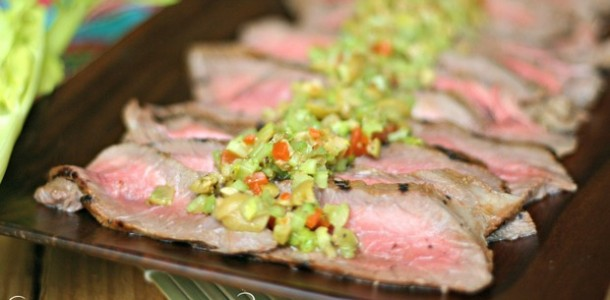 Bloody Mary Steaks with Celery Olive Tapenade by Everyday Maven | Beef Recipe Round Up Featured on kissmymoke.com