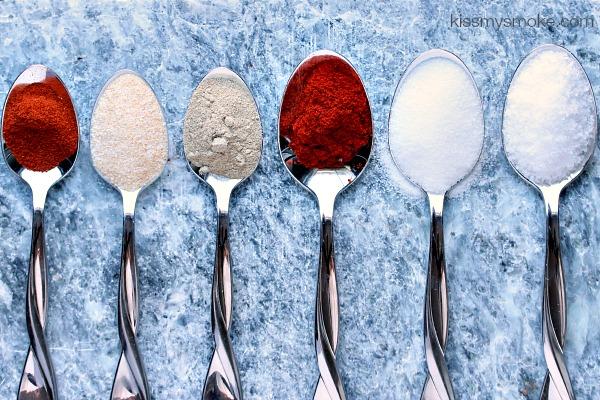 Spice Rub for Chicken | kissmysmoke.com | Amazing Spice Rub for Chicken that adds tons of flavour and makes the skin super crispy!