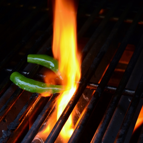 Grilled Serrano Peppers by Cakewalker: Guest Post on kissmysmoke.com