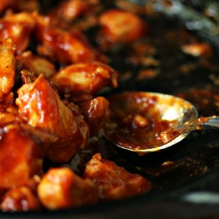 Easy Chicken Bites- There is something about chicken slathered in barbecue sauce that just makes me weak in the knees. Even better when it's a sauce from my favourite grill company. Get the recipe at kissmysmoke.com